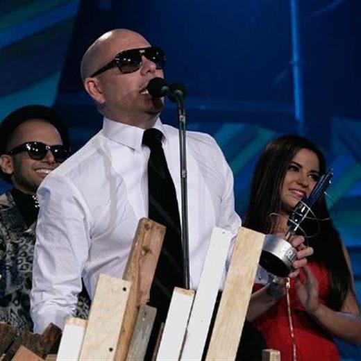 Pitbull y Jesse & Joy los triunfadores de la primera gala de los Premios 40 Principales América