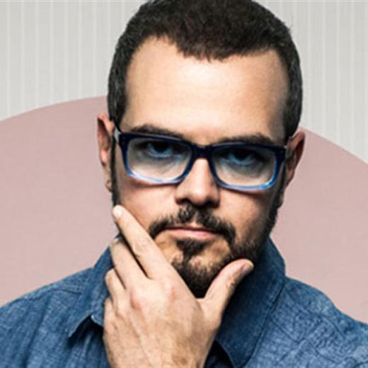 Aleks Syntek  participa en banda sonora de