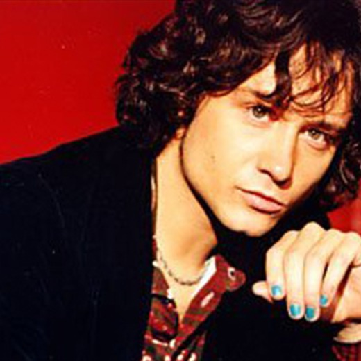 Enrique Bunbury  de regreso a sus raices