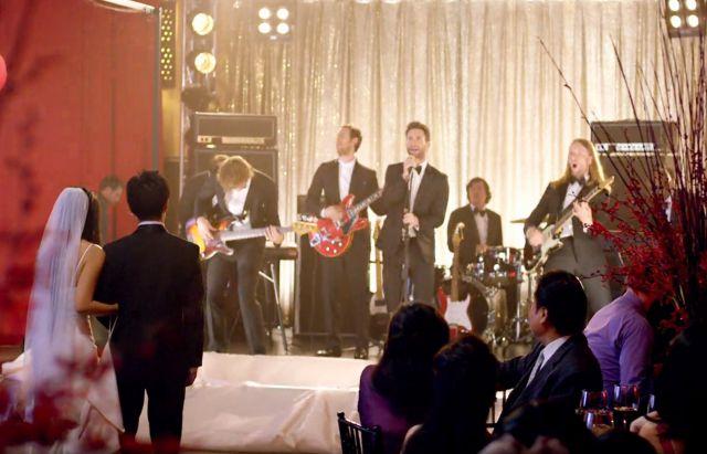 Maroon 5 invade bodas reales para la filmaci n de su video for Maroon 5 wedding video