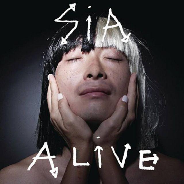 Sia lanzó