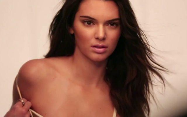 Kendall Jenner enfurece a bailarinas por un video