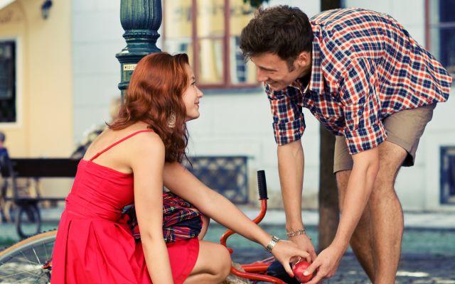 La ciencia explica el amor a primera vista
