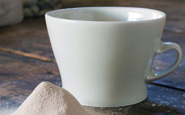 ¿Una taza hecha de muertos?