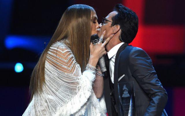 Jennifer López y Marc Anthony cantaron un clásico de Pimpinela — Sorpresa