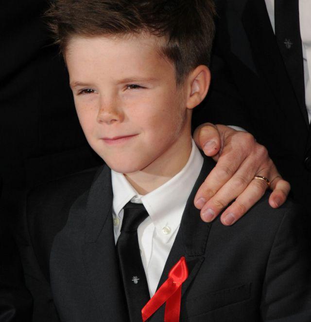 Cruz Beckham se estrena oficialmente como cantante