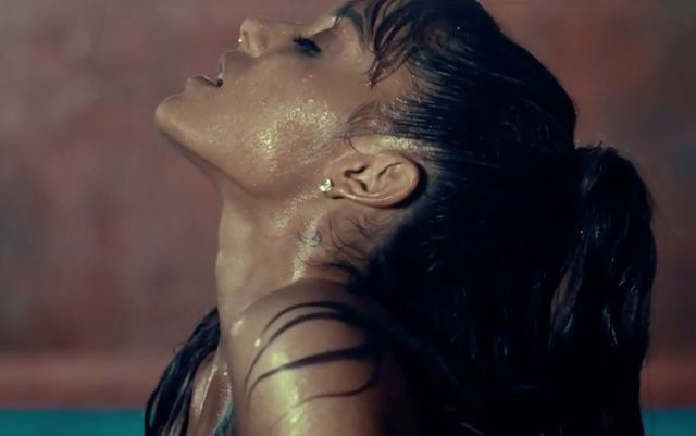Ariana Grande presume la parte favorita de su novio en videoclip