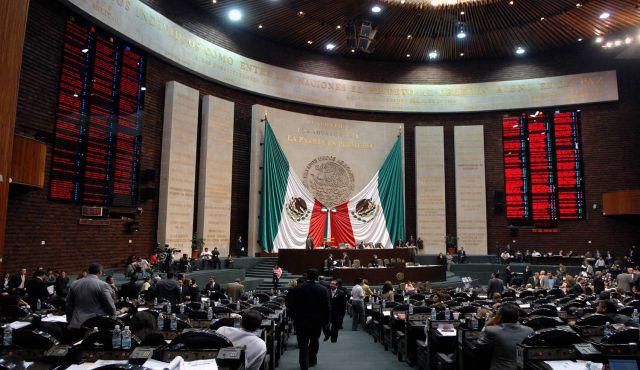 El diputado Waldo Fernández pide salario digno para los servidores públicos