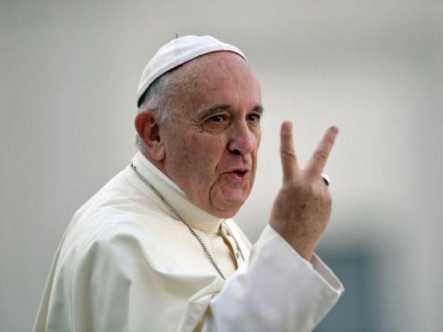 El Papa se escapó del Vaticano