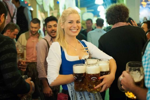 Alcohol gratis a los diputados (en Bélgica)