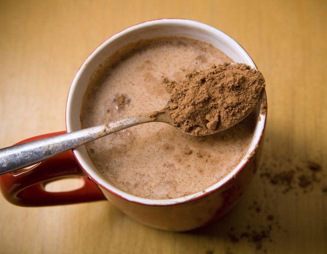 Encuentran cocaína en lata de chocolate