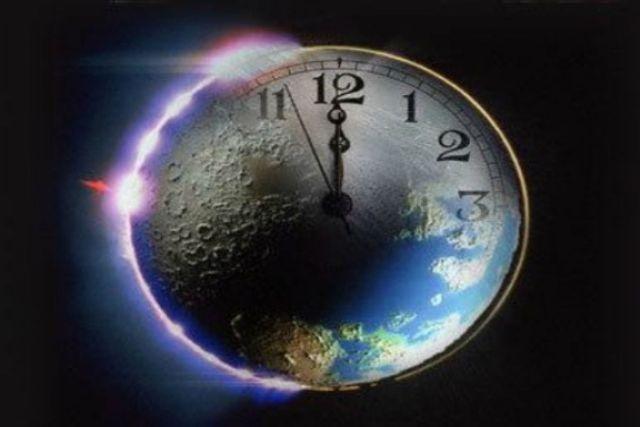"""Científicos adelantan 30 segundos al """"reloj del fin del mundo"""""""