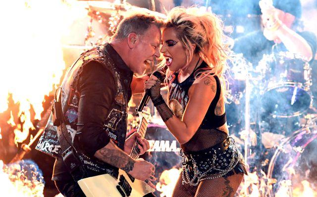 Lady Gaga y Metallica deslumbran los Grammys 2017