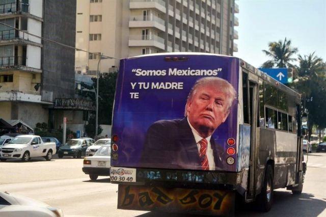 Quitan anuncios polémicos en Acapulco