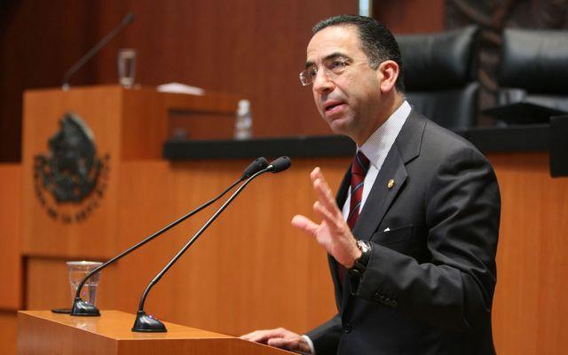 Senador del PAN se pelea con un alcalde