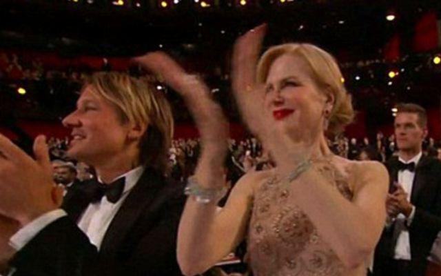 Nicole Kidman explica por qué aplaudió tan raro en los Oscars