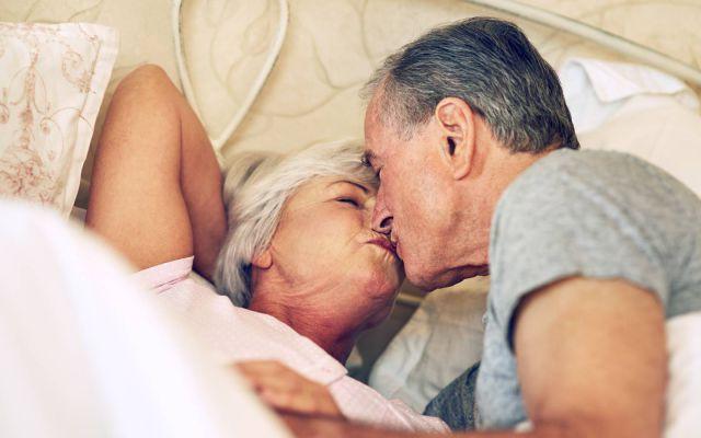 Las personas de la tercera edad son mejores en la intimidad