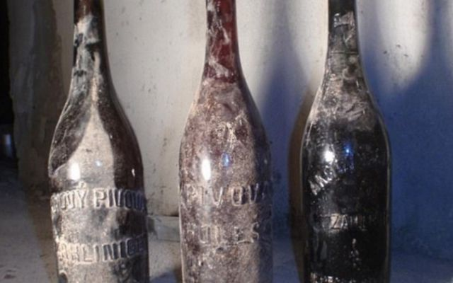 Encuentran una cerveza de hace más de un siglo