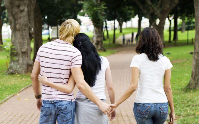 Estudios demuestran la edad en la que los hombres no pueden controlar su fidelidad