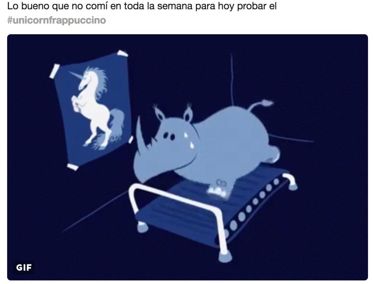 Llegaron los memes del frappé de unicornio