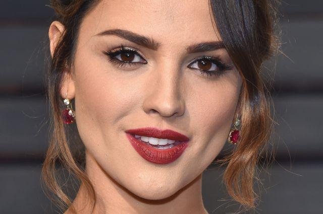 Eiza Gonzalez publica foto sin maquillaje y es criticada en redes sociales