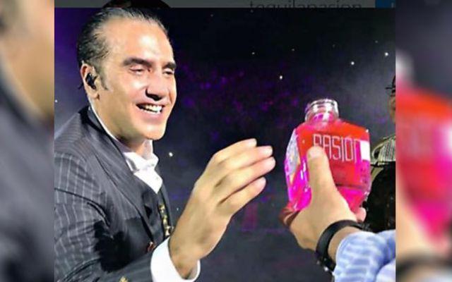 Tequila Pasión lamenta el incidente que vivió Alejandro Fernández en Puebla