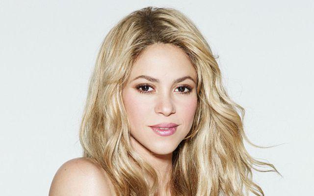 Shakira prepara a sus fans para la llegada de