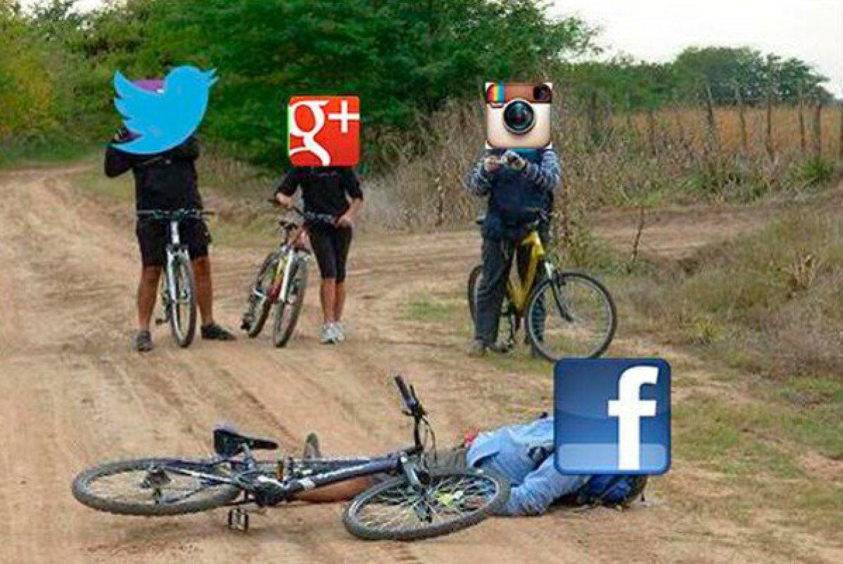 Los memes de la caída de Facebook