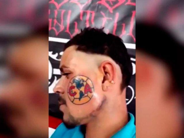 tatuaje del américa en la cara