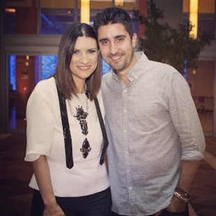 Laura Pausini  estrenó video junto a Alex Ubago