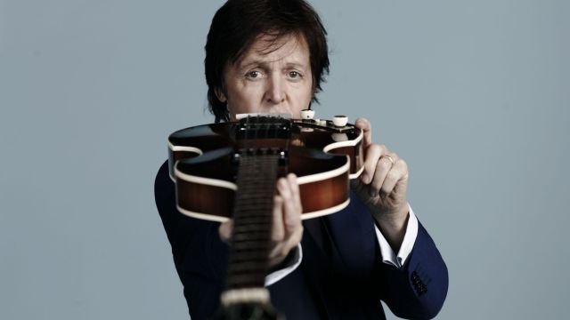 Paul McCartney se inspira en el baño