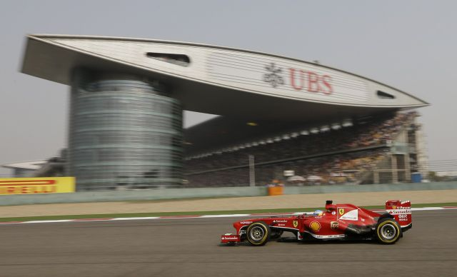 Ferrari domina China