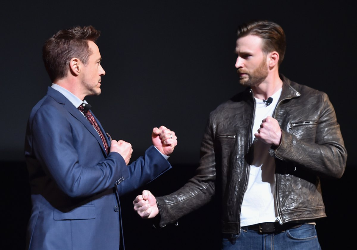Robert Downey Jr VS Chris Evans