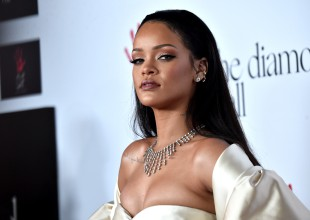 Rihanna sube un video más que provocativo