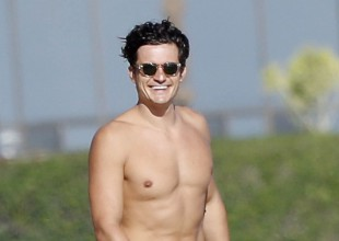 Orlando Bloom pasea desnudo con Katy Perry