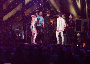 The Chainsmokers lanzan sencillo con Coldplay