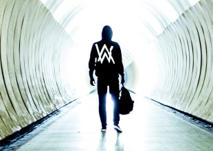 "Alan Walker lanza ""Different World"""