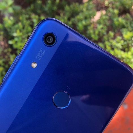 Honor 8A, Reseña