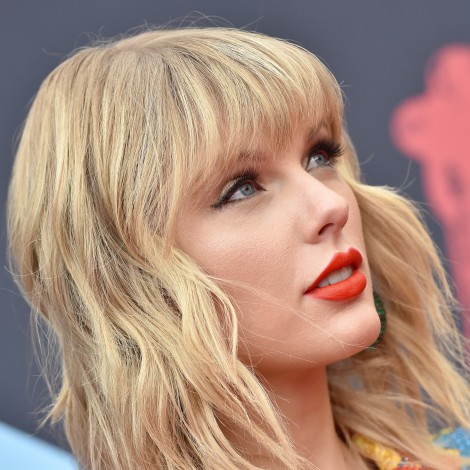 Fan intenta entrar a casa de Taylor Swift para pedirle matrimonio
