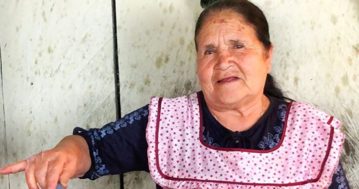 Dona Angela De De Mi Rancho A Tu Cocina Recibe Premio Por