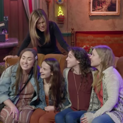 Jennifer Aniston regresa al set de FRIENDS y sorprende a sus fans